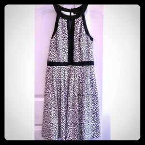 White House Black Market Dress - EUC - Size 4